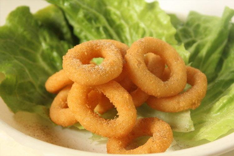 fried onion rings snacks