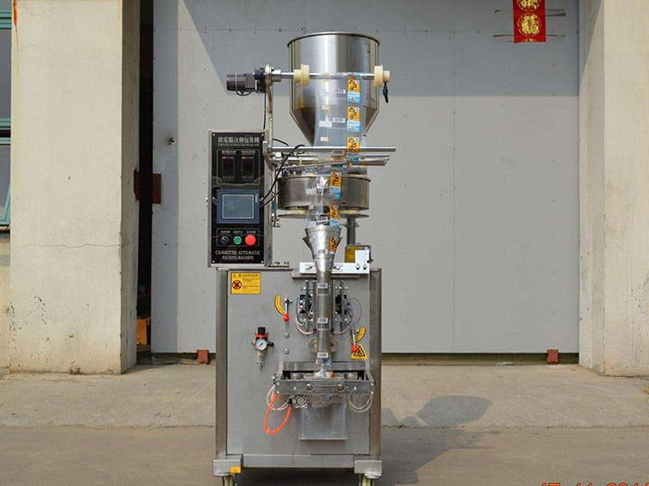 sugar-coated peanuts packaging machine