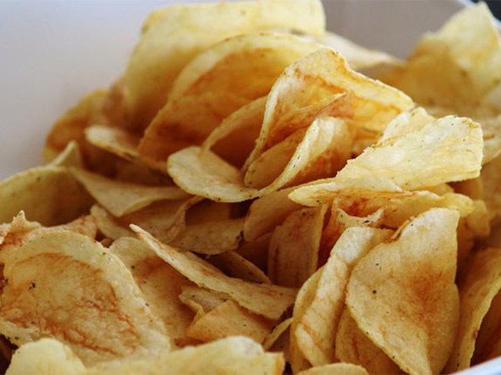 deep fried potato chips