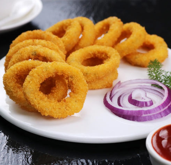 fried onion rings made by the onion ring production line